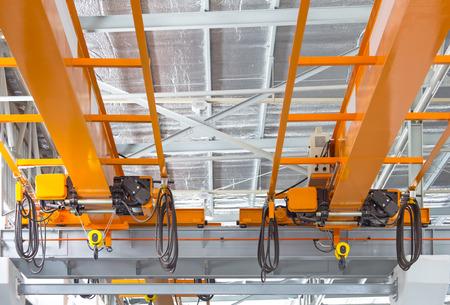 Fabriek bovenloopkraaninstallatie op spoor, kan beweging overal in fabrieksgebied