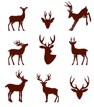 animales del bosque: Siluetas negras de diferentes cuernos de venado. Ilustración del vector aislado en el fondo blanco.