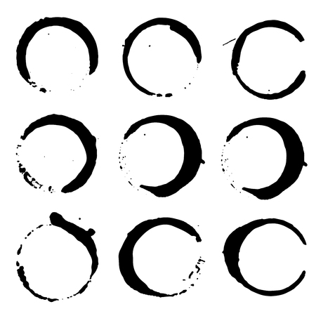 Set of wine or coffee stains. Set of black ink splashes and drops made with brush. Grunge paint circle vector element set. Brush smear stain texture. Grunge vector circles. Stock Illustratie
