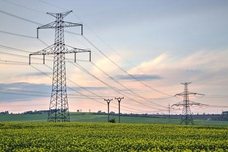 torres de alta tension: torres de alta tensión, líneas eléctricas