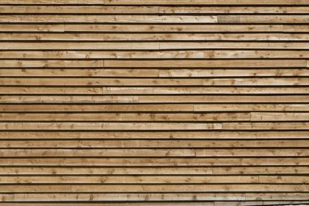 longitudinal: Wooden planks of the longitudinal wall.