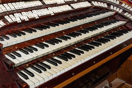Pipe organ keyboards closeup view (selective focus). Zdjęcie Seryjne - 79608184