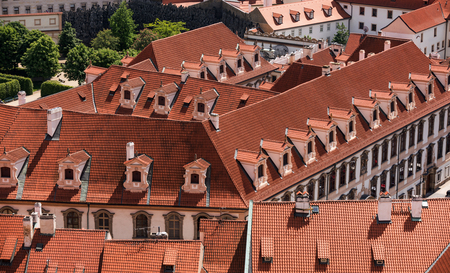 old red roofs with dormers from the air in Old town Prafue Zdjęcie Seryjne