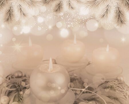 Grey advent wreath with 4 metallic candles Zdjęcie Seryjne - 84156608