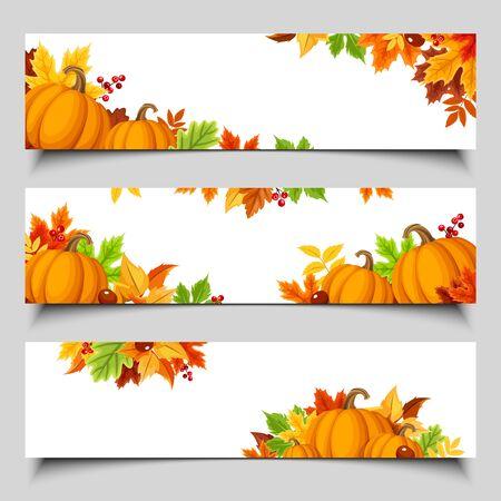Zestaw trzech banerów internetowych wektor z pomarańczowymi dyniami i kolorowymi jesiennymi liśćmi.