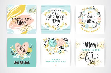 Conjunto de tarjetas de felicitación letras del Día de madres feliz con las flores. Ilustración del vector.