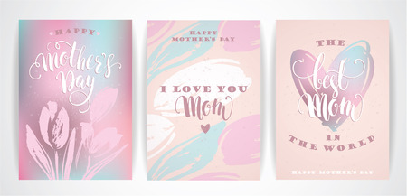 love mom: Set of Happy Mothers Day lettering greeting cards with Flowers. Vector illustration.
