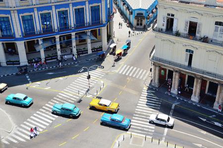 semaforo peatonal: Road ver cruce superior