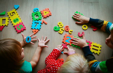 kids learning numbers, counting by fingers, math