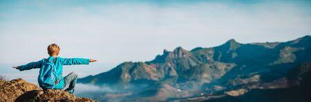 happy boy hiking in mountains, family travel concept Zdjęcie Seryjne