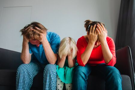 family stress, mom, dad and child in trouble Banco de Imagens - 133698401