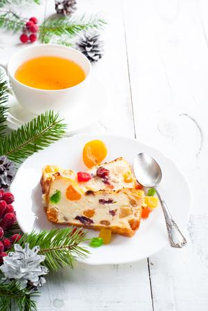 frutas deshidratadas: Navidad dulce empanada con reques�n y frutas secas.