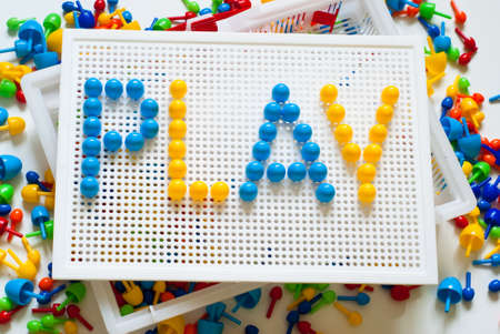 girotondo bambini: colorato mosaico per i bambini. Archivio Fotografico