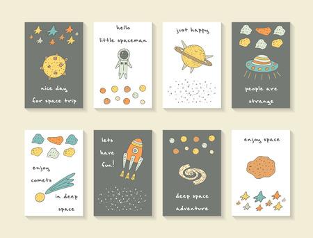 귀여운 손 우주 낙서 카드, 브로셔, 별, 로켓, 달, 혜성, 유성, 은하, 우주인, 행성 토성과 외계 우주선 엽서를 그려. 만화 스타일 아이 커버