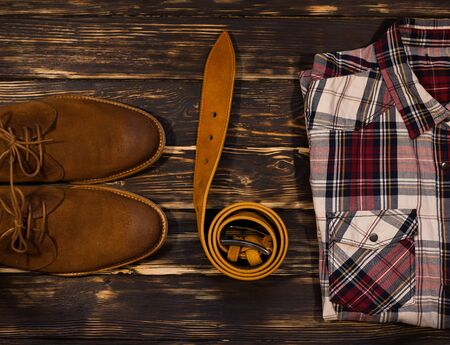 suede belt: Mens brown clothing and accessories set: boots, leather belt