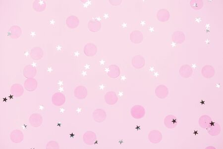Pink confetti and stars and sparkles on pink background. Banque d'images - 127059511