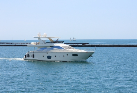white motor yacht photo