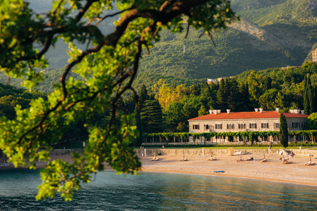 The Queens Beach near Villa Milocer in Montenegro, near the island of Sveti Stefan. Фото со стока - 88152191