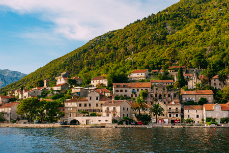 The old fishing town of Perast on the shore of Kotor Bay in Montenegro. Фото со стока - 87128625