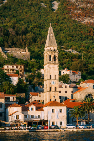 The old fishing town of Perast on the shore of Kotor Bay in Montenegro. Фото со стока - 87128629