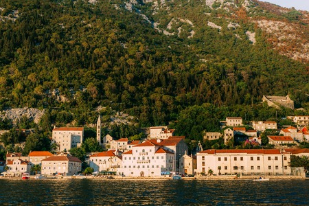 The old fishing town of Perast on the shore of Kotor Bay in Montenegro. Фото со стока - 87128630