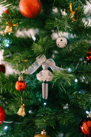Close-up of a toy ballerina mouse on the Christmas tree. 스톡 콘텐츠