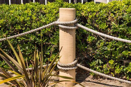 post of rope fence with knots horizontal background Reklamní fotografie