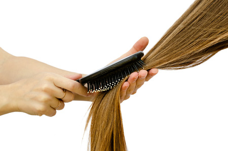 to comb long hair photo