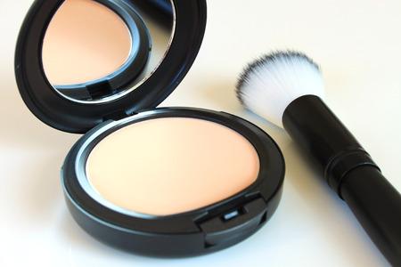 face powder: Face Face Powder and Brush