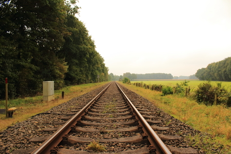 st german: Train Tracks