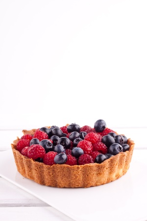 raspberry and blueberry tart photo