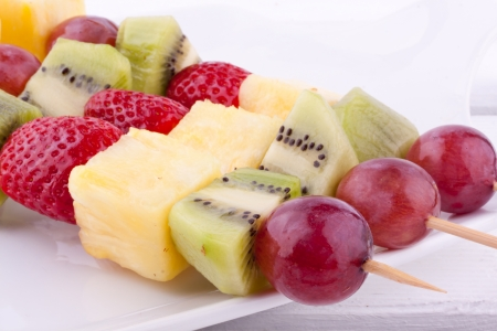 fruit skewers: fruta kebab