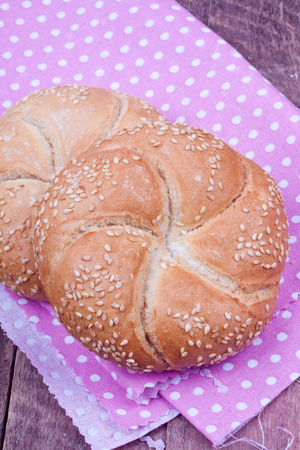 kaiser: kaiser roll bread