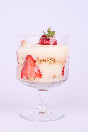 trifle: strawberry trifle