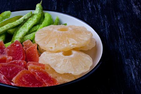 pummelo: dried pineapple, papaya and Pummelo
