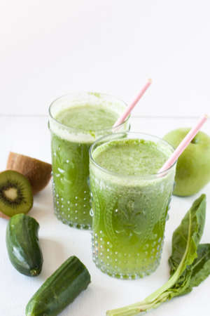 green vegetable and fruit juice