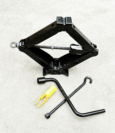 lifter: car hand lifter set for tire changing