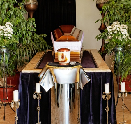 corpse flower: empty coffin