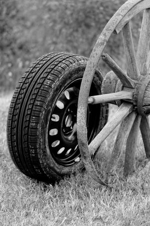 new and old broken wagon (car) wheel Stock Photo - 22608077