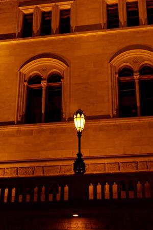 parliaments: Foto di parti del parlamento di Budapest di notte