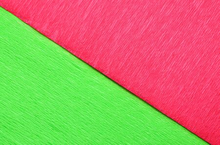 divided: Field divided into green and red halves