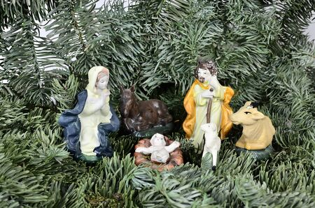 jesus statue: Jesus as a child with Mary and Joseph and animals