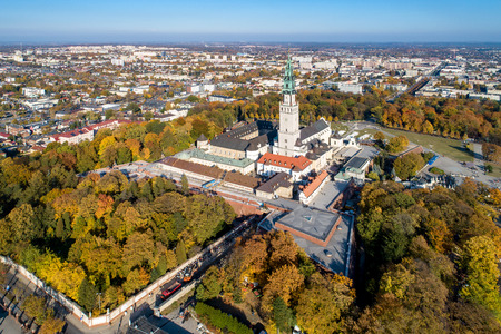 Poland, Częstochowa. Jasna Góra fortified monastery and church on the hill. Famous historic place and Polish Catholic pilgrimage site with Black Madonna miraculous icon. Aerial view in fall. Zdjęcie Seryjne