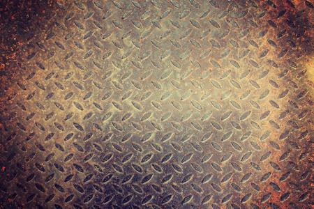 diamond plate: rusty diamond plate