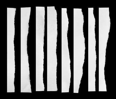 Gescheurd zwart en wit papier, kopiëren ruimte