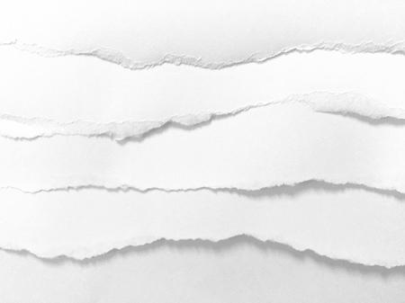 Stücke von zerrissenem Papierbeschaffenheitshintergrund, Kopienraum.