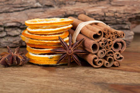 Sliced of dried Orange with cinnamon sticks and Anise Stock Photo - 8212900