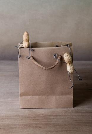 tinkered: En miniatura, con gente de man� escalada en la cesta