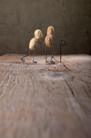 tinkered: En miniatura, con pareja de ancianos caminando juntos