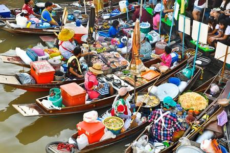 east river: Ampawa Floating Market